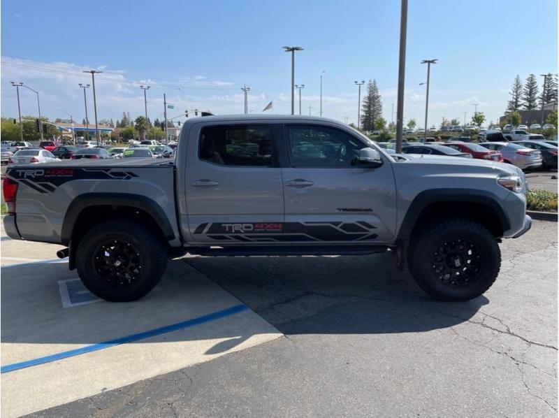 Toyota Tacoma Double Cab 2019 price $45,995