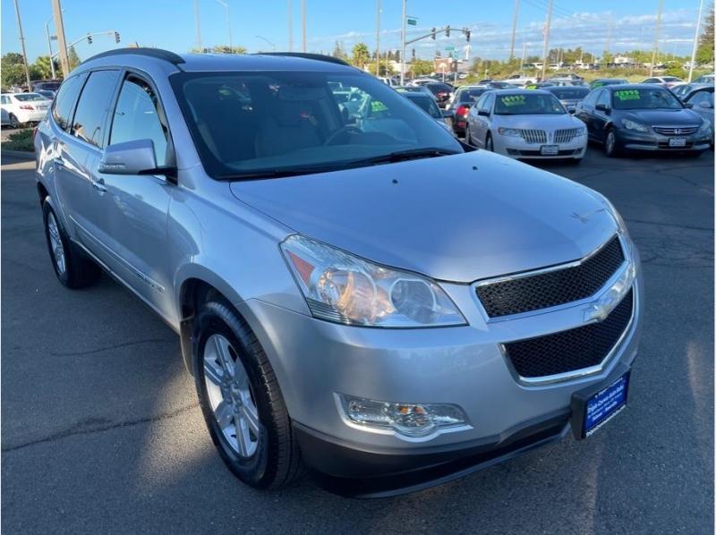 Chevrolet Traverse 2009 price $9,995