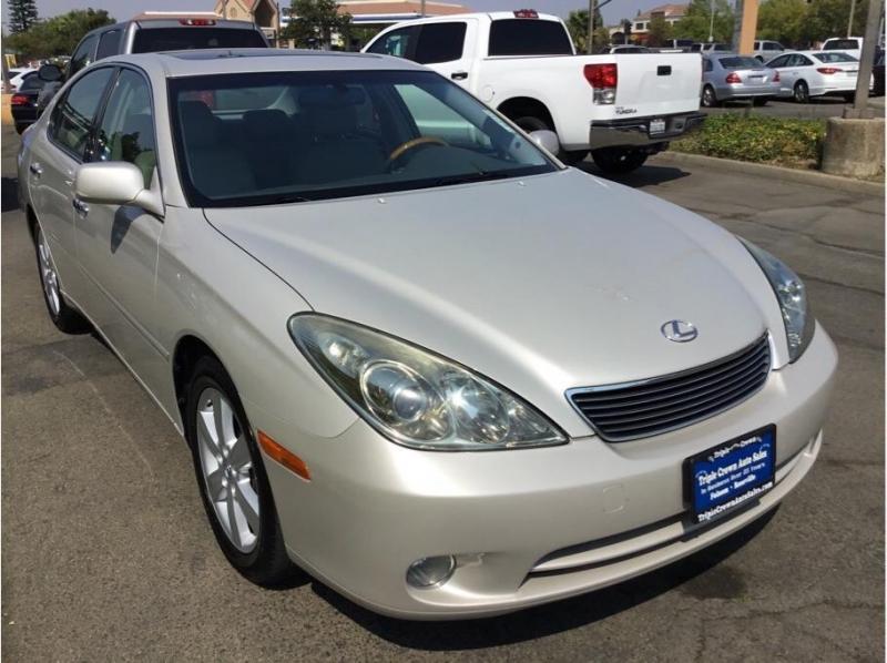 Lexus ES 2005 price $9,995