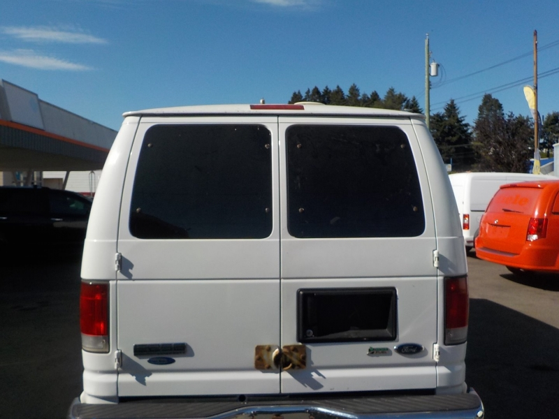 Ford Econoline Cargo Van 2009 price $9,898