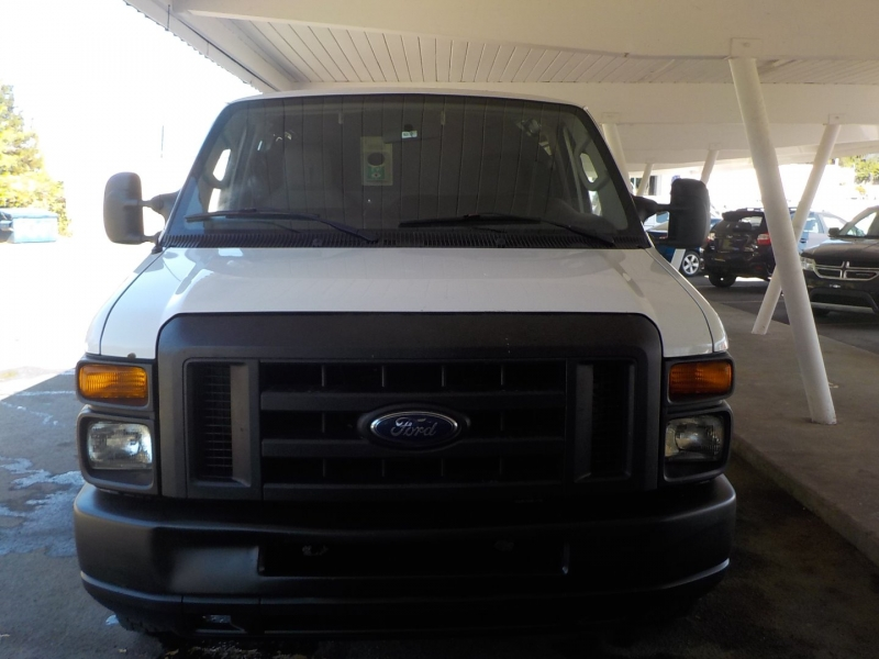 Ford Econoline Cargo Van 2009 price $7,898