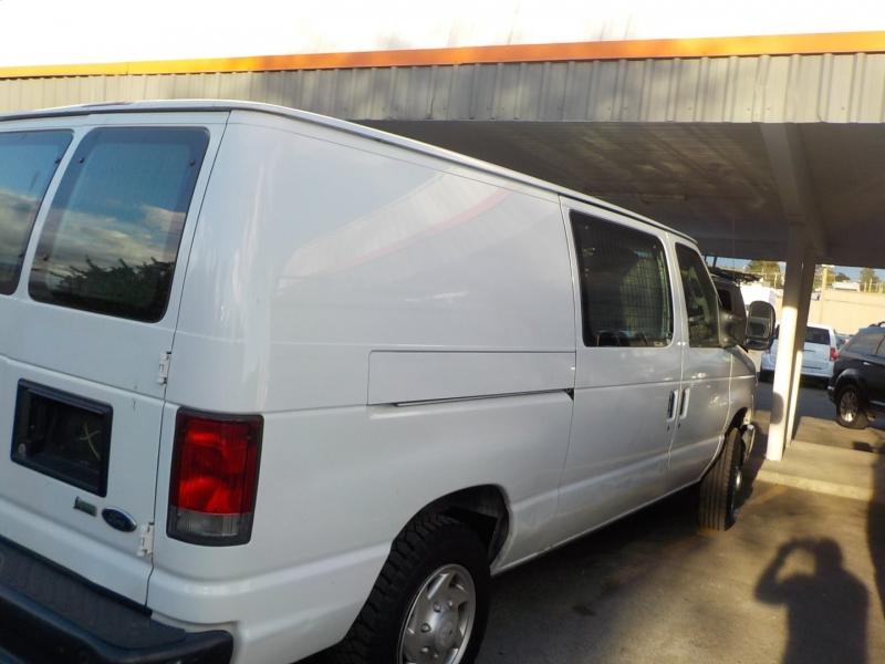 Ford Econoline Cargo Van 2013 price $14,898
