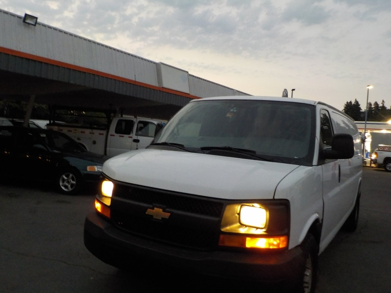 Chevrolet Express Cargo Van 2009 price $8,898