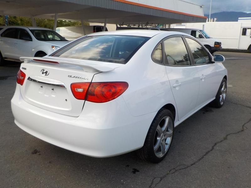 Hyundai Elantra 2010 price $5,898