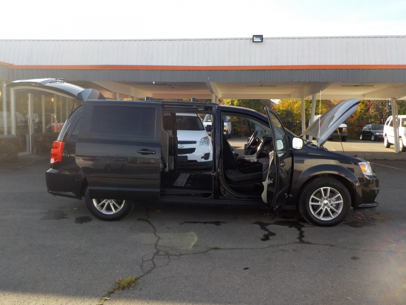 Dodge Grand Caravan 2016 price $15,898