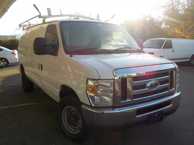 Ford Econoline Cargo Van 2011 price $11,898
