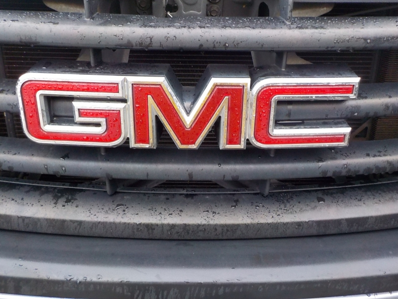 GMC Sierra 1500 2011 price $9,898