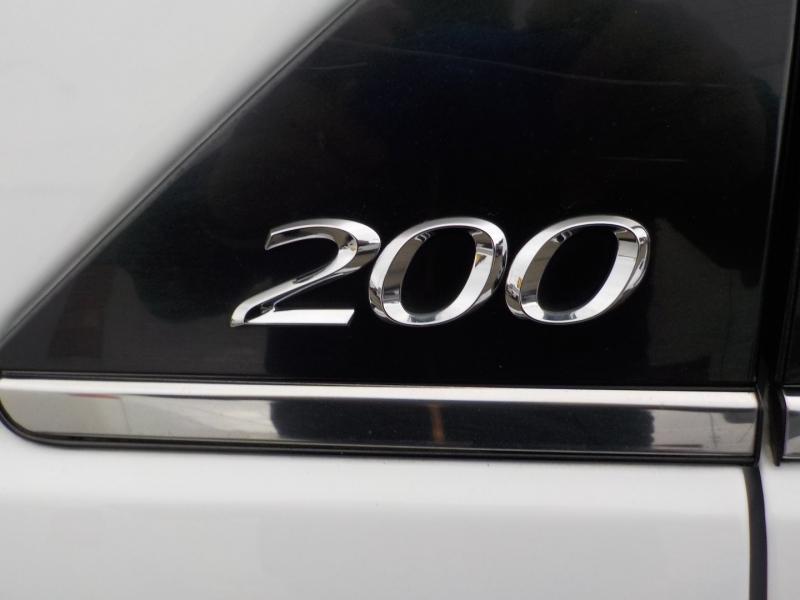 Chrysler 200 2013 price $8,898