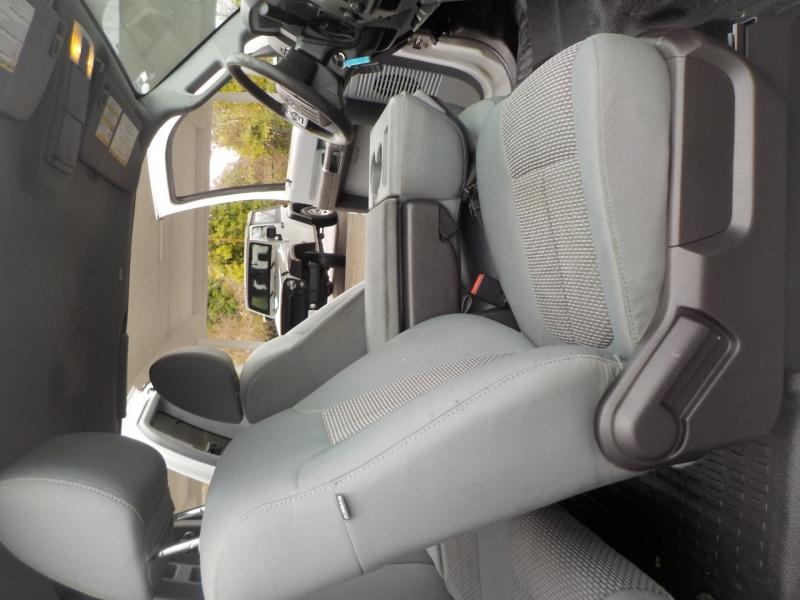Ford Super Duty F-250 SRW 2011 price $12,898