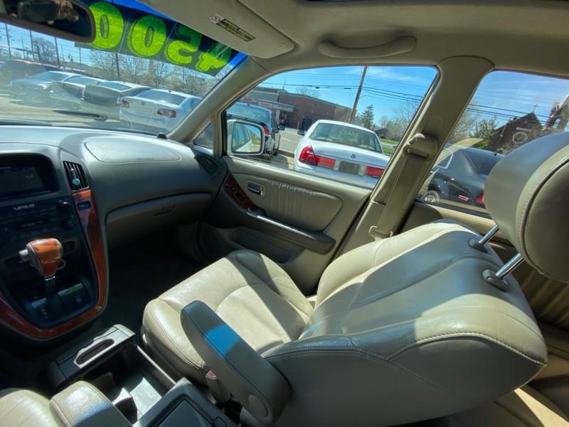 LEXUS RX 2002 price $4,500