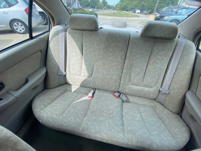 HYUNDAI ELANTRA 2002 price $2,499