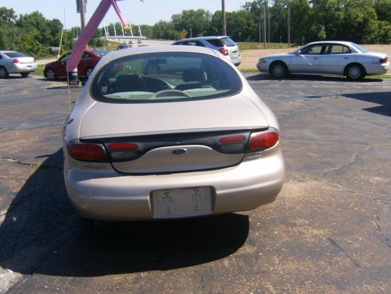 Ford Taurus 1999 price $2,795