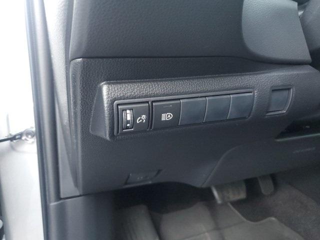 Toyota Corolla 2020 price $19,776