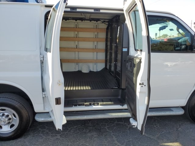 Chevrolet Express 2500 2019 price $26,941
