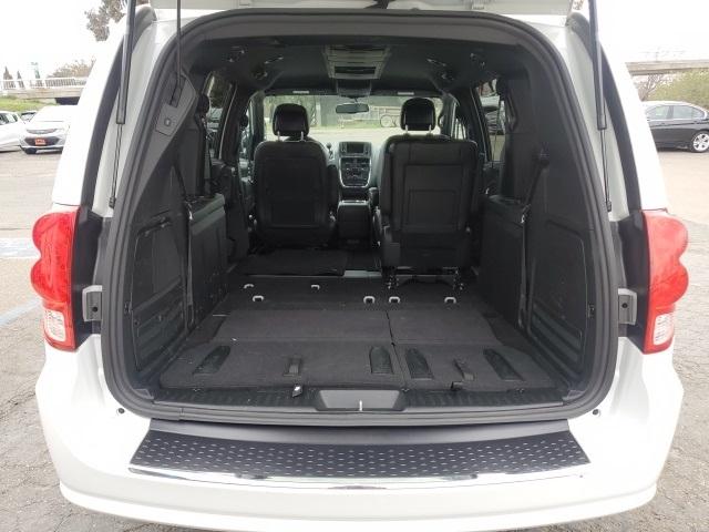 Dodge Grand Caravan 2017 price $14,499