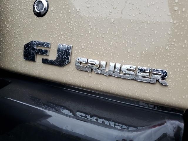 Toyota FJ Cruiser 2012 price $36,999