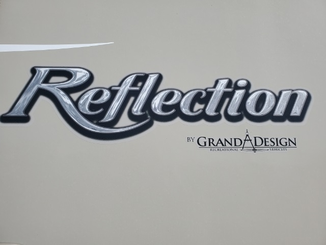 Grand Design Reflection 2017 price $39,999