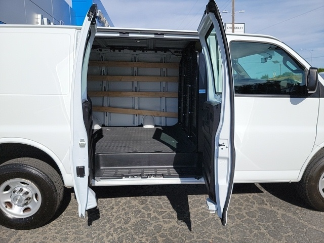 Chevrolet Express 2500 2019 price $31,504
