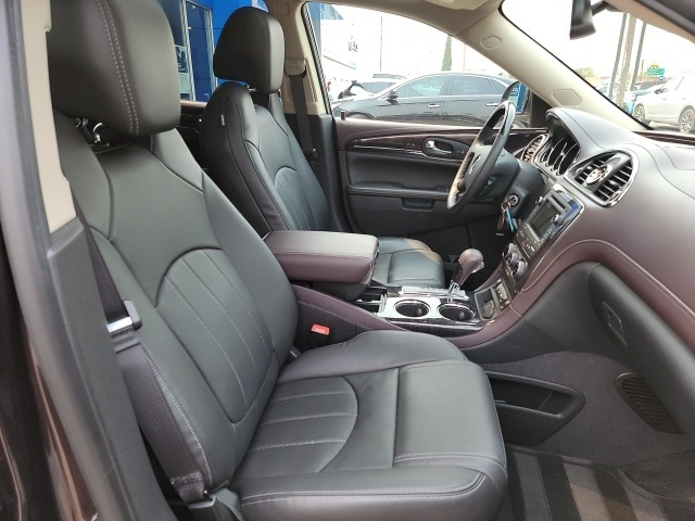 Buick Enclave 2016 price $33,990