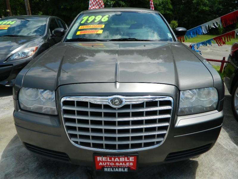 CHRYSLER 300 2008 price $5,900