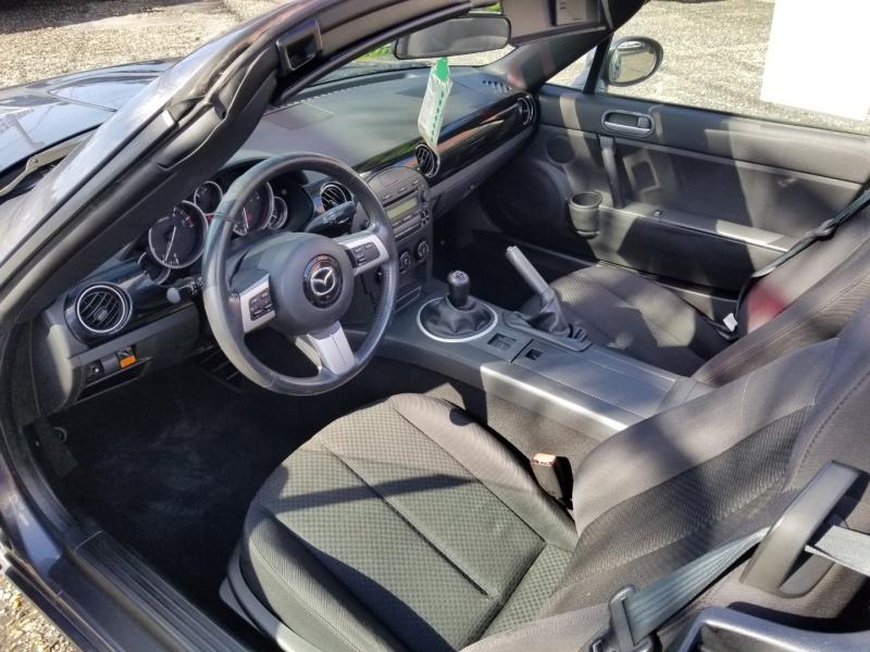 Mazda MX-5 MIATA 2006 price 7500