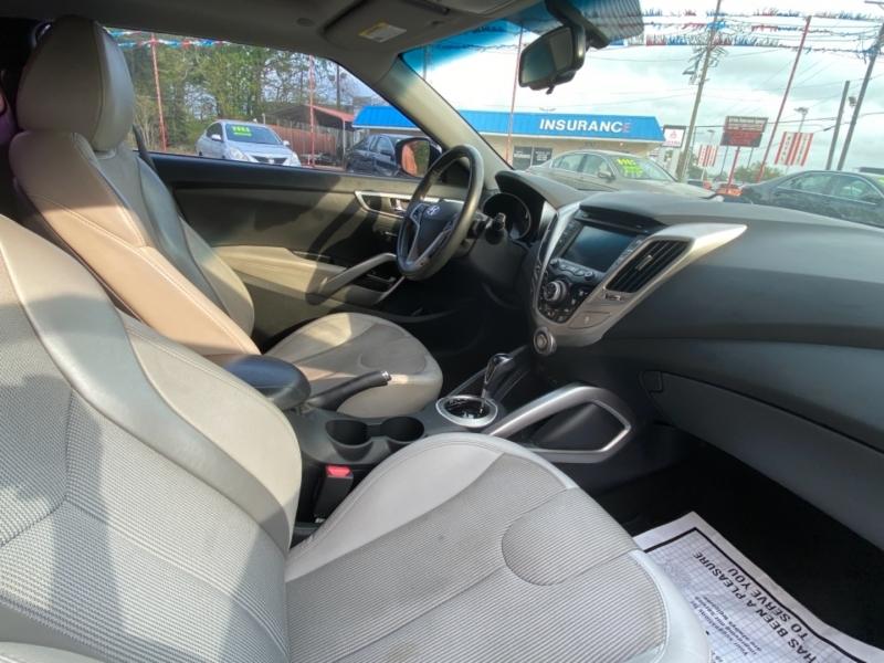 HYUNDAI VELOSTER 2012 price $7,900