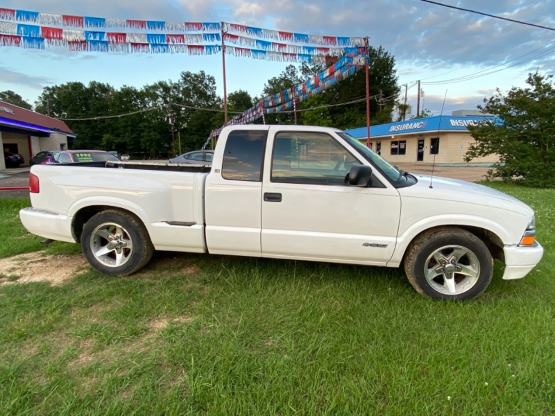 CHEVROLET S TRUCK 2002 price Call for Pricing.