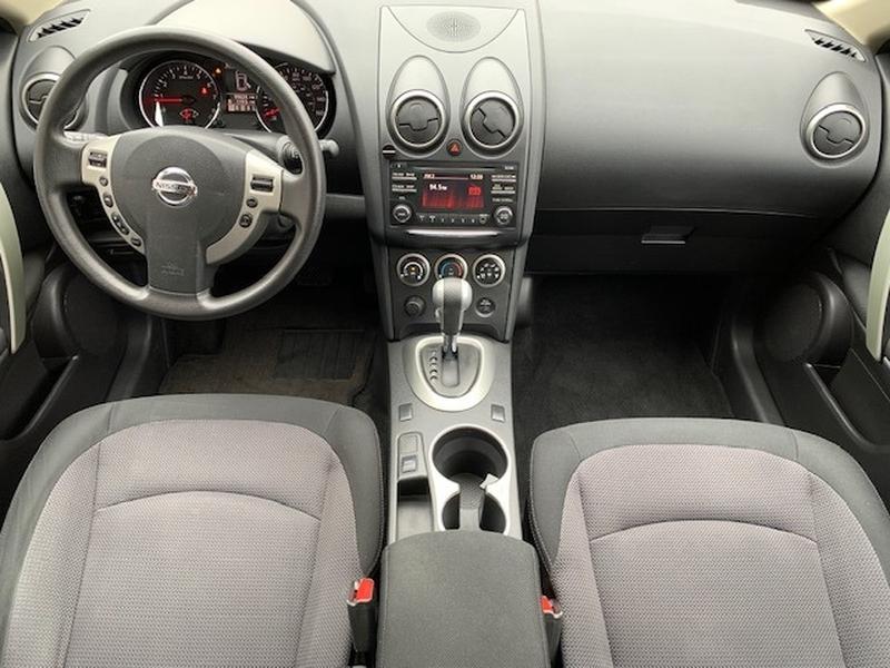 Nissan Rogue 2013 price $9,895