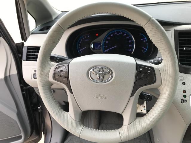 Toyota Sienna 2011 price $2,900 Down