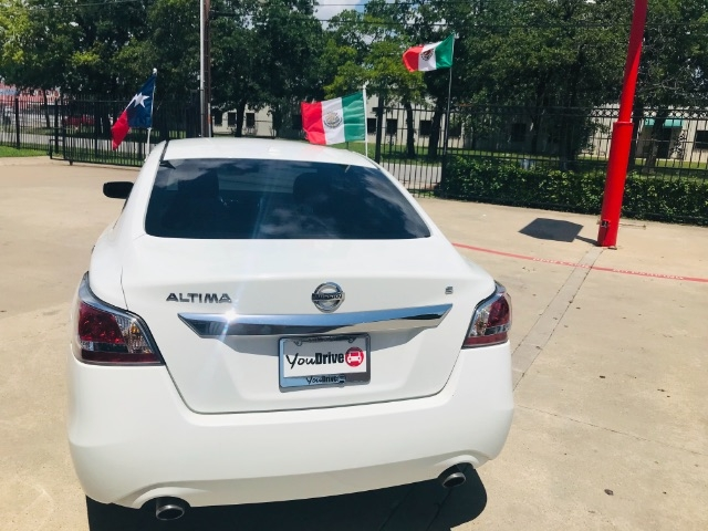 Nissan Altima 2015 price $3,100 Down