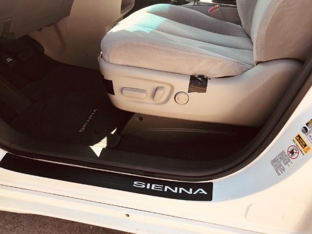 Toyota Sienna 2011 price $2,800 Down