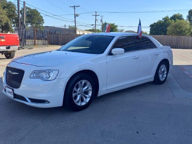 Chrysler 300 2015 price $3,500 Down