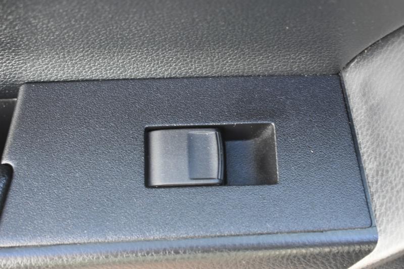 Toyota Corolla 2018 price $12,995