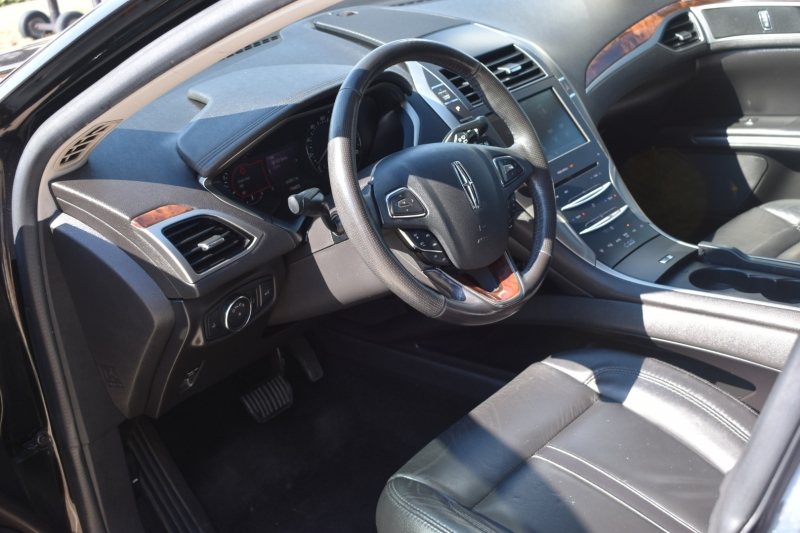 Lincoln MKZ 2014 price $13,995