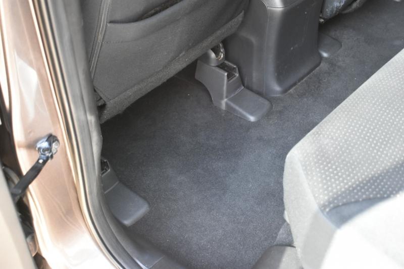Honda CR-V 2012 price $11,195