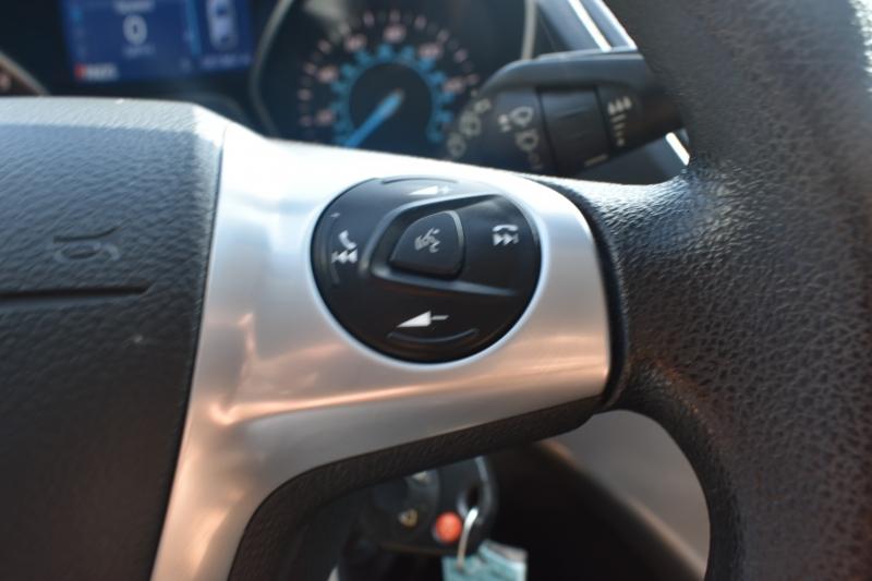 Ford Escape 2015 price $11,595