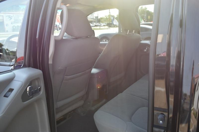 Nissan Frontier 2015 price $18,995