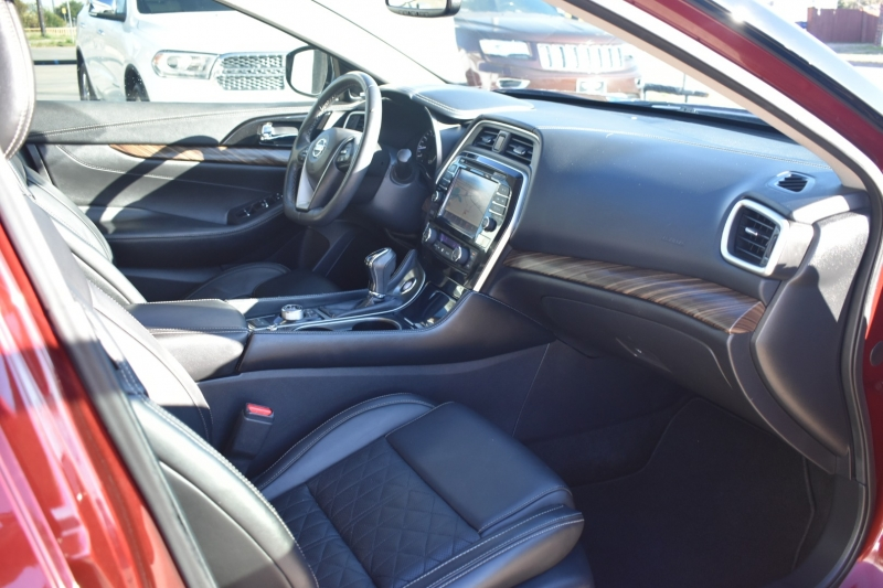 Nissan Maxima 2017 price $16,595