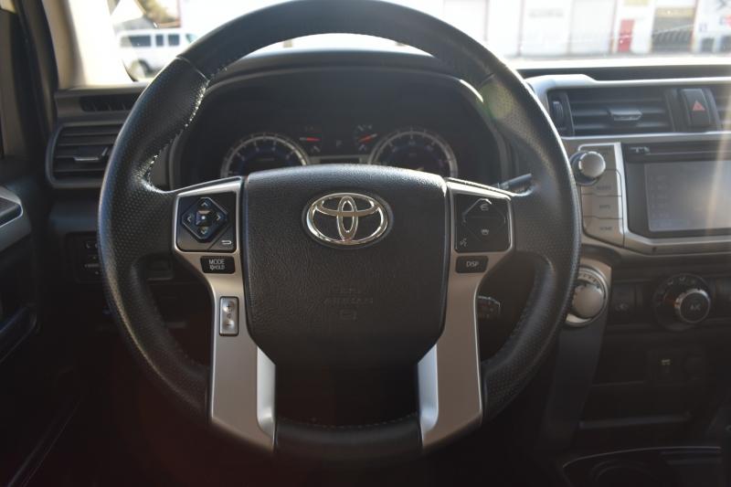 Toyota 4Runner 2016 price $25,895