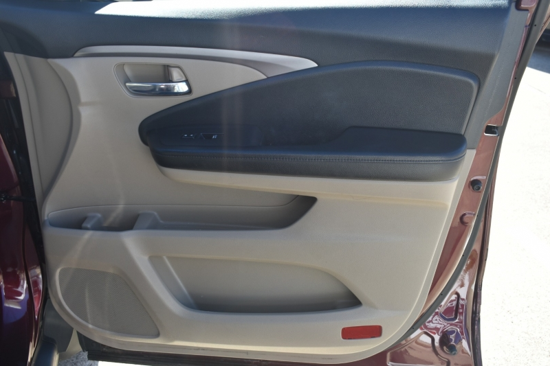 Honda Pilot 2016 price $18,795