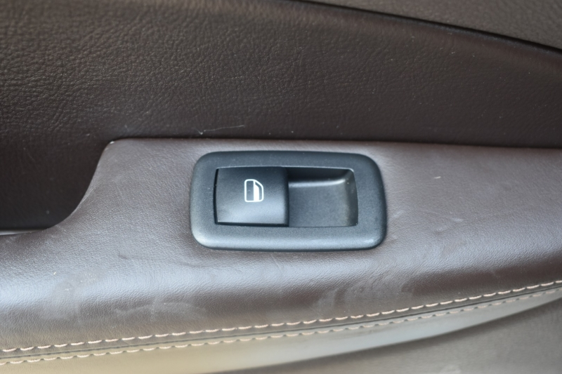 Jeep Grand Cherokee 2014 price $20,995