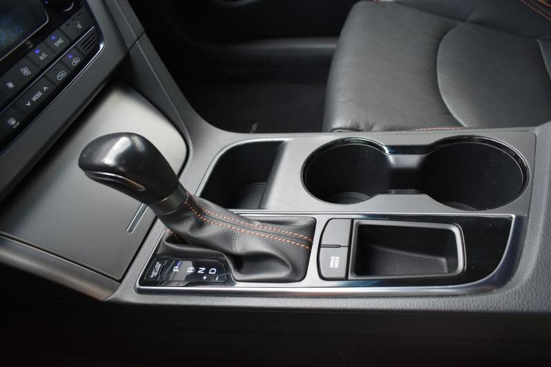 Hyundai Sonata 2015 price $14,995