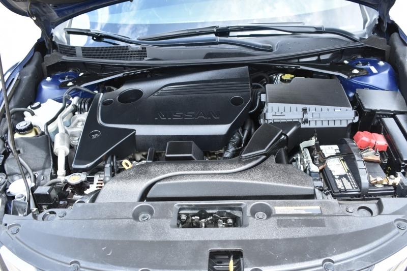 Nissan Altima 2017 price $16,995