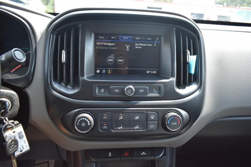 Chevrolet Colorado 2019 price $2,322,995,995