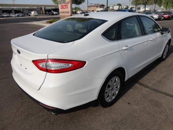 Ford Fusion 2013 price $899 Down