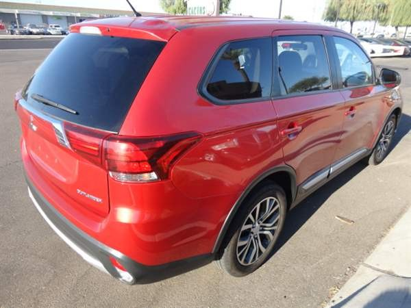 Mitsubishi Outlander 2016 price $1,699 Down