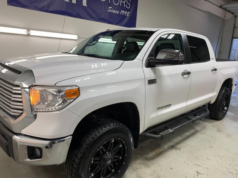 Toyota Tundra 2015 price $32,975