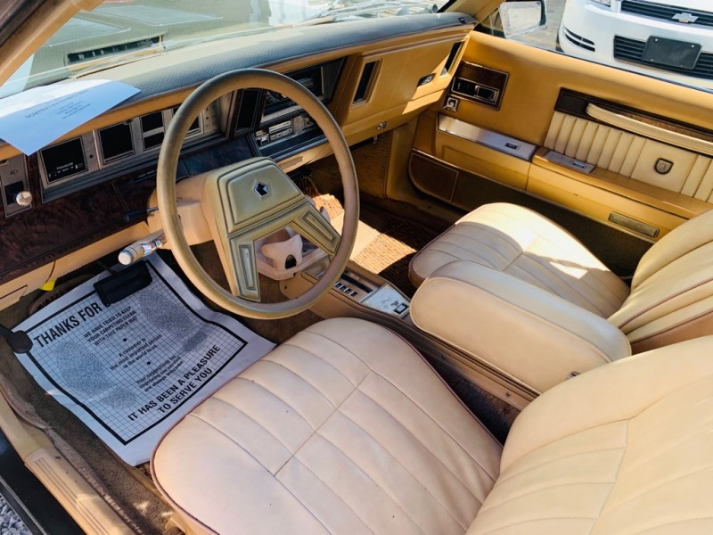 CHRYSLER LEBARON 1986 price $2,390