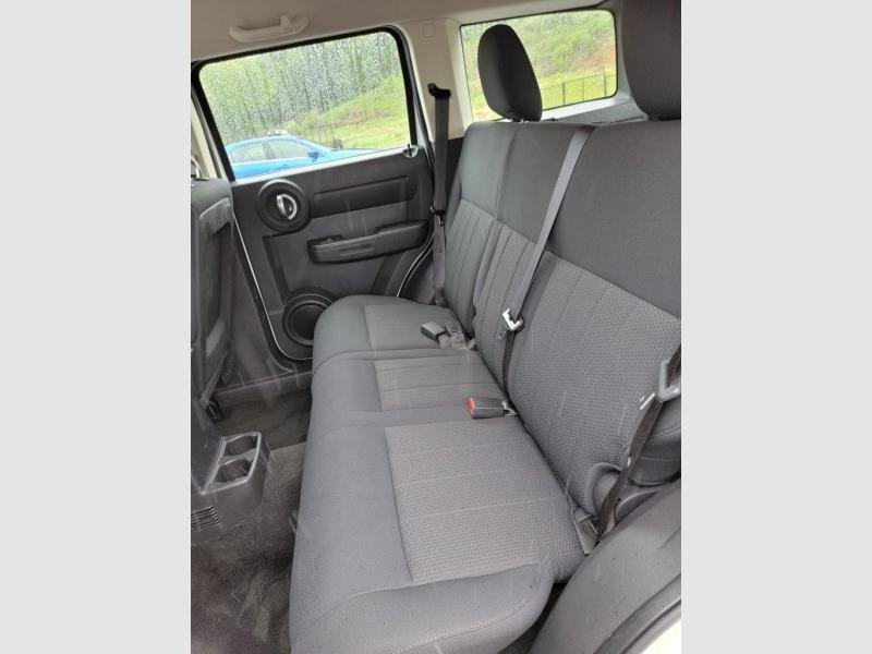 DODGE NITRO 2011 price $6,395