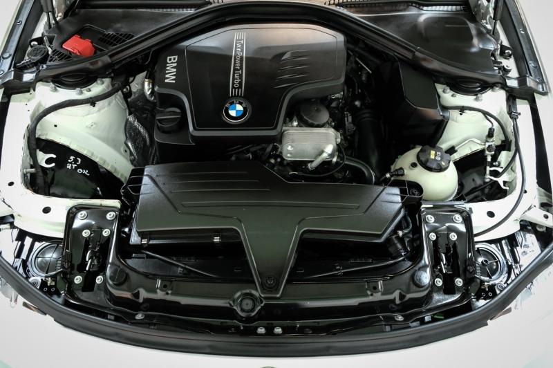 BMW 3-Series 2015 price $13,990